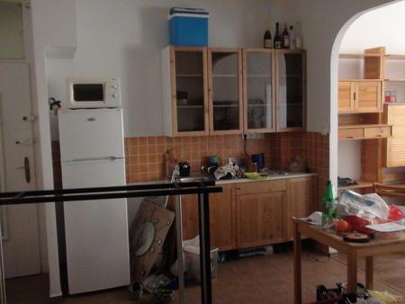 [IMAGE:http://apocalypse.rulez.org/kozosfiles/UPiBlog/2011-08-12_lakas/lakas_3.jpg]